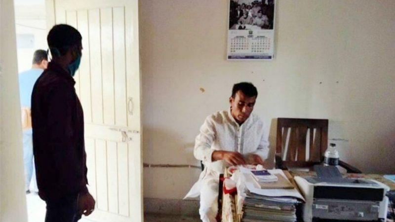বেতাগী স্বতন্ত্র প্রার্থীকে অপহরণ চেষ্টা: থানায় আশ্রয়