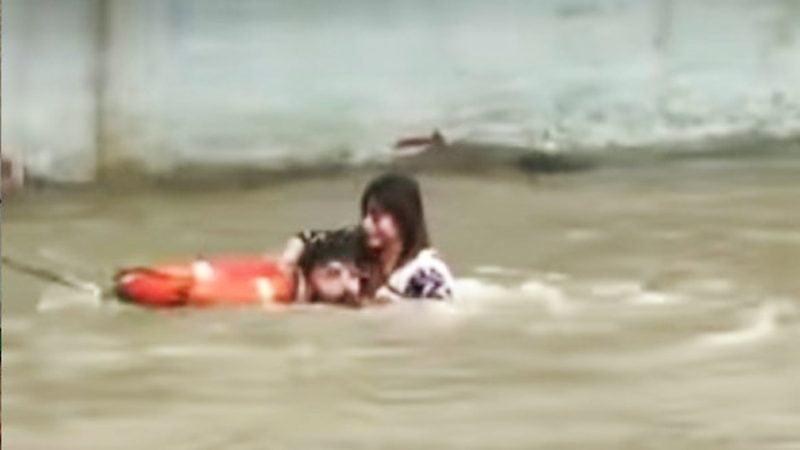 লঞ্চ থেকে ঝাঁপিয়ে নদীতে পড়লেন ২ অভিনেতা-অভিনেত্রী